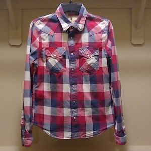 Hollister flannel plaid long sleeved button down
